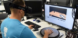 Oculus HapticWave Project Let's You Feel in VR without Gloves